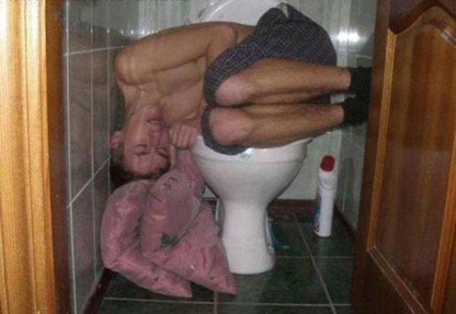 Hilarious Drunk Off Their Ass Photos