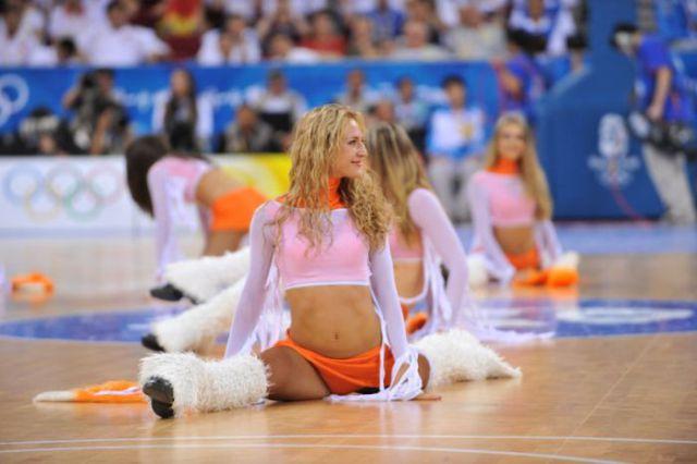 Ukrainian Banned Cheerleaders Are Back