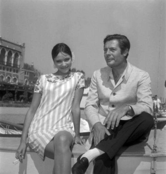 Rare Photographs of Celebrities. Part 17