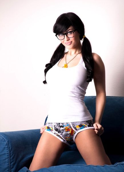Chicks With Specs