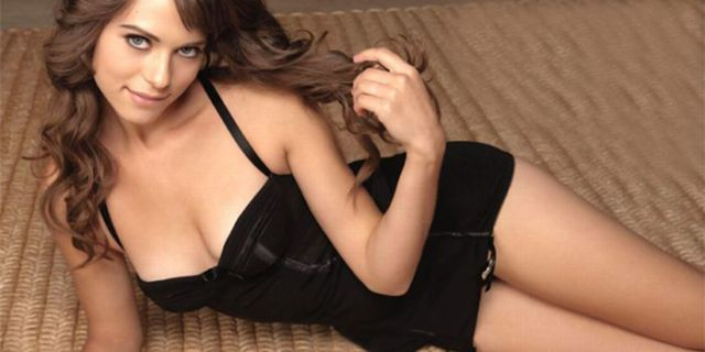 Some of the Hottest Actresses Aged 25 And Under