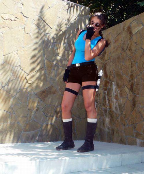 Beautiful Tomb Raider Cosplayers