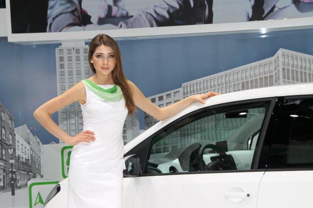 Geneva Motor Show Beauties