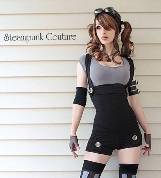 Steampunk Cosplay Hotties