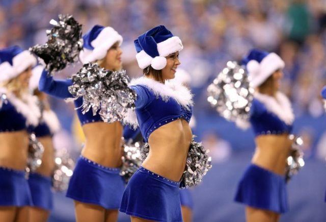 Cheerleading Snow Maidens Spread the Christmas Spirit