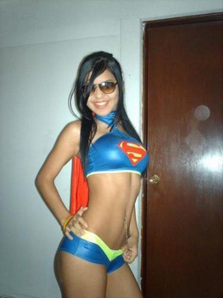 Cute Girls in Sexy Supergirl Costumes
