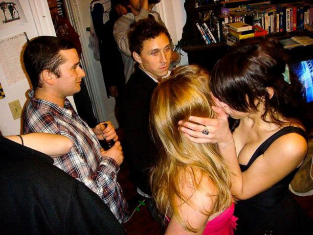 Classic Photobombs of Drunk Girls Kissing Each Other