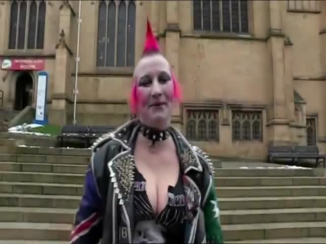 Punk Girl Gets the Make-Under Treatment and Oh My!  (VIDEO)