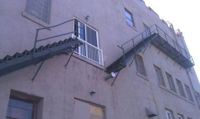 These Construction Workers Should Be Fired Immediately