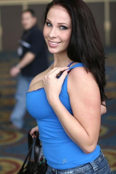 2014's Sexiest Porn Stars Who Are Working It This Year