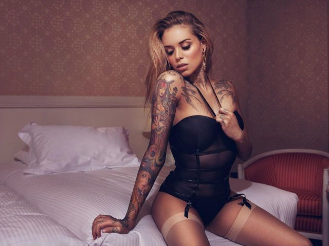 Beautiful Tats on Beautiful Girls