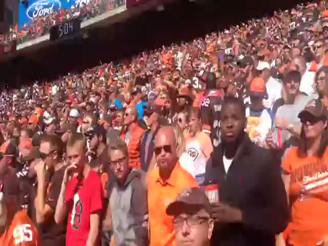 Celebrating a Touchdown on the Wrong Side of the Stadium  (VIDEO)