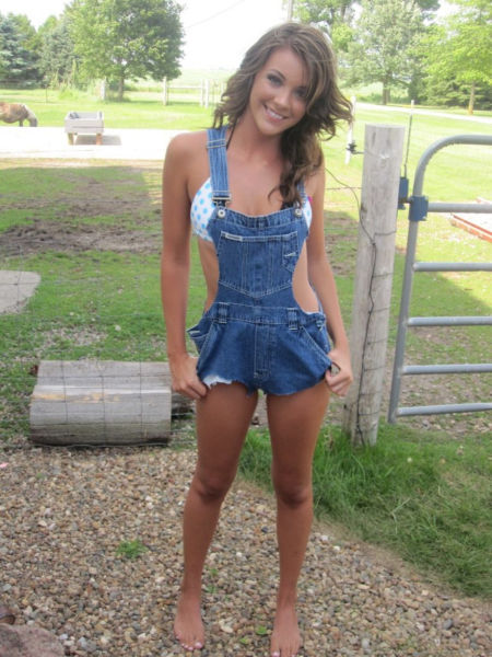 Country Bumpkins Have Their Own Sweet Sexiness