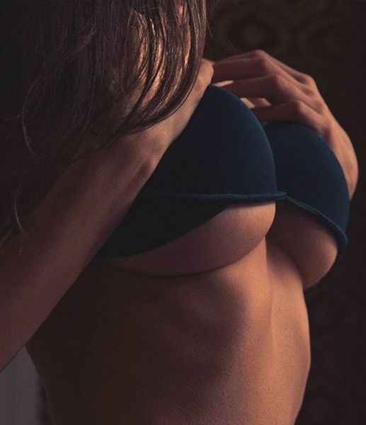 Underboobs Are a Real Tease for the Eyes