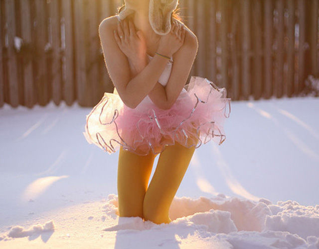 Hot Babes Who Turn Up the Heat During Winter