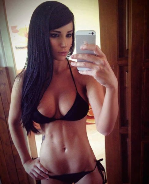 Cute, Sexy and Beautiful Girls of the Internet