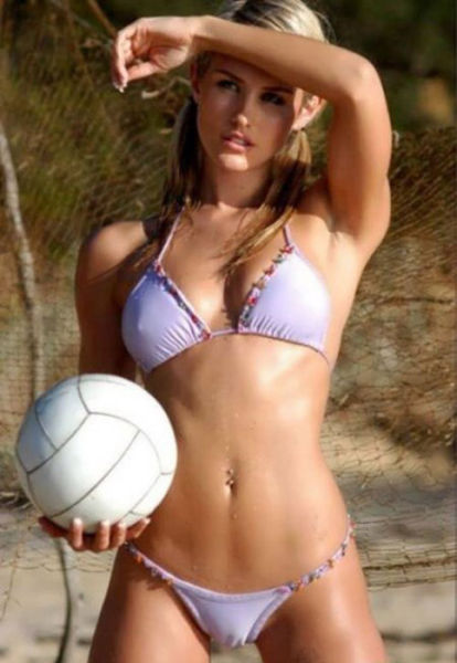 Camel Toes That You Just Can't Help But Look At