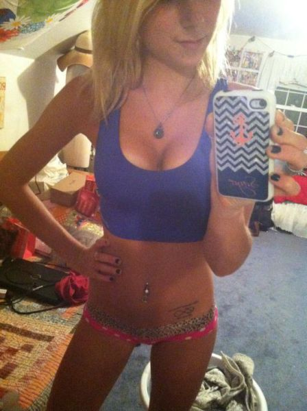 Sexy Girls Who Have Really Messy Rooms
