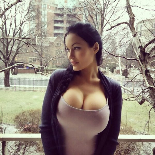 Veronika Black Heats Up Instagram with Her Steamy Online Pics