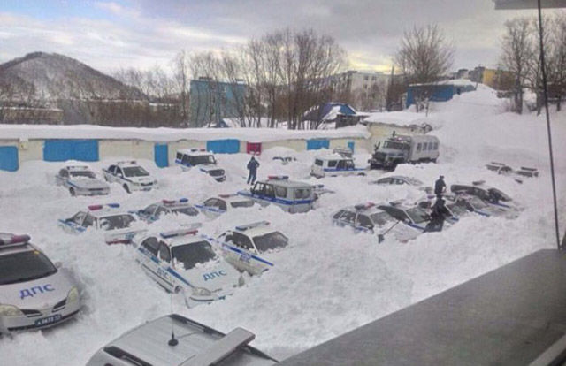 Russians Have Winter Totally Nailed