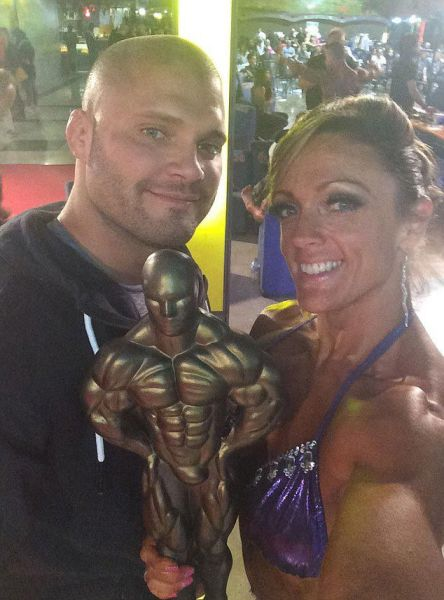 Chubby Mom Transforms Herself into a Championship Bodybuilder