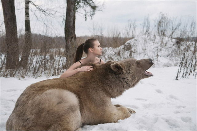 Stunning Photos from a Rather Dangerous Photoshoot in Russia