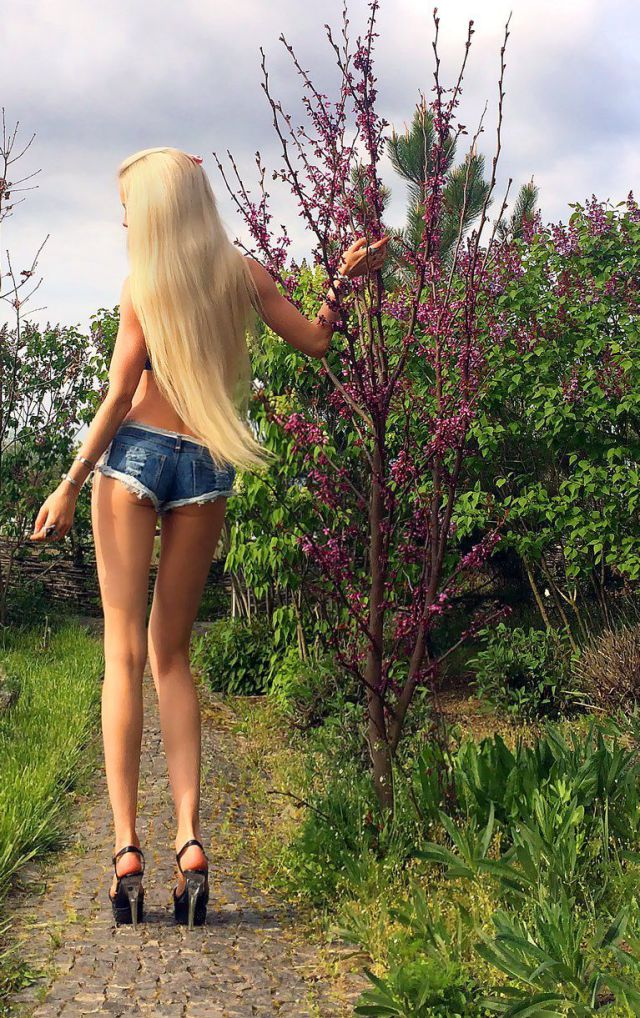 The Human Barbie Doll Is Becoming Even More Scarily Doll Like