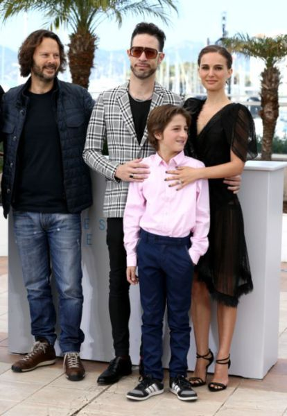 Natalie Portman Flashes Her Perky Butt at Cannes