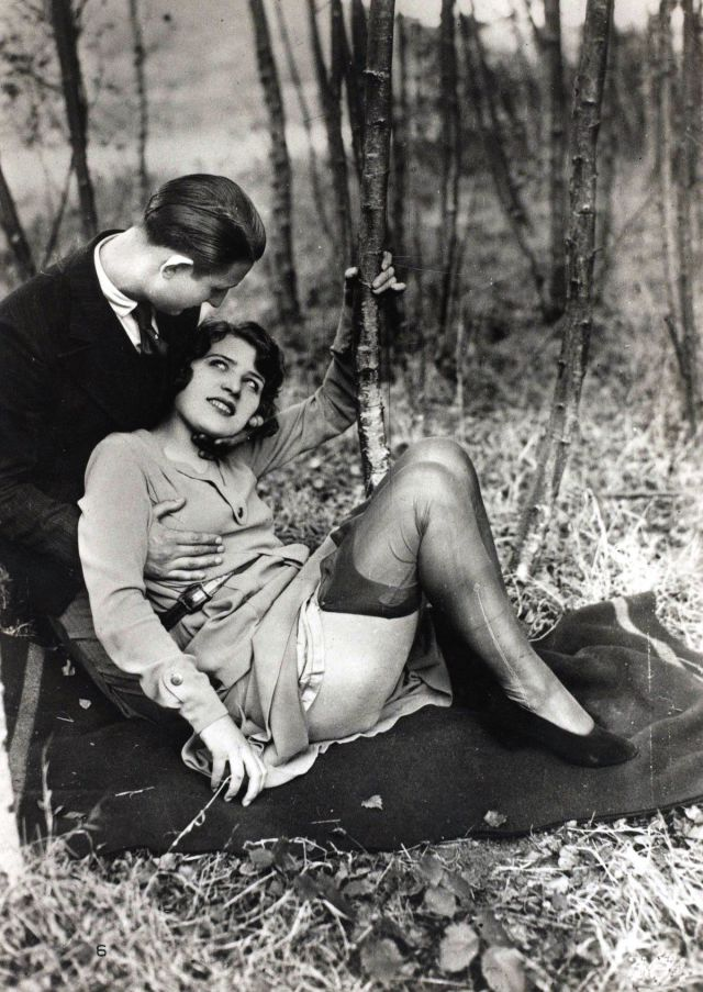 These Racy French Postcards Are the Pornography of the Past