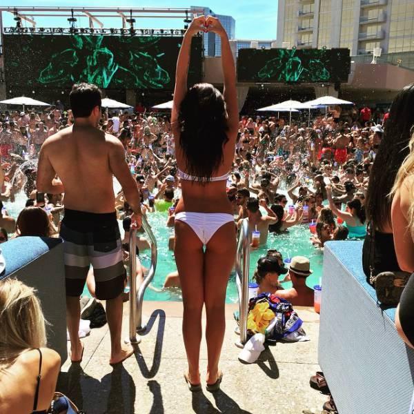 Meet the Hottest Girls of EDC Las Vegas 2015