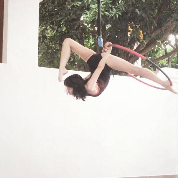 This Bendy Girl Has All Kinds of Skills in the Air