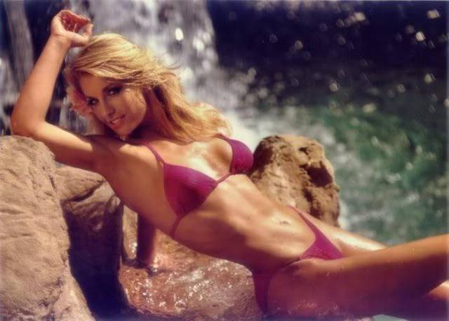 The Hottest Female Celebs of the 80s