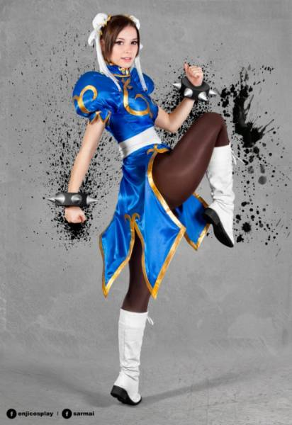 Enji Knight Is a Pretty Cosplay Princess Who Looks Good in Almost Anything