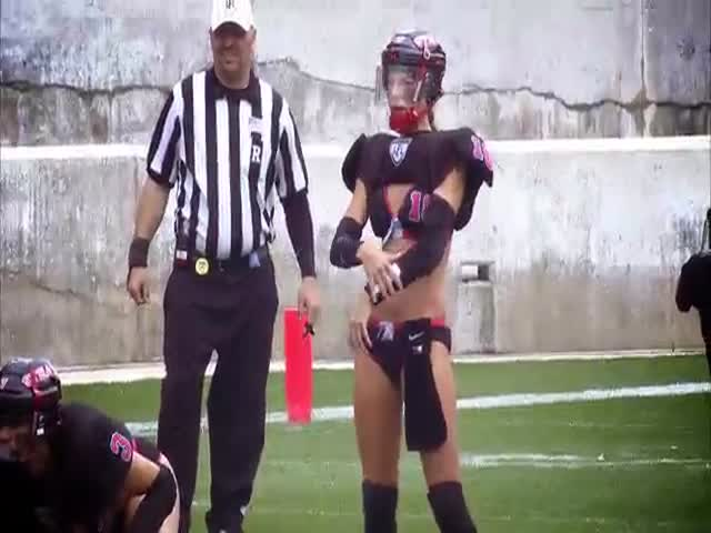 These LFL Players Run One Pretty Epic Play