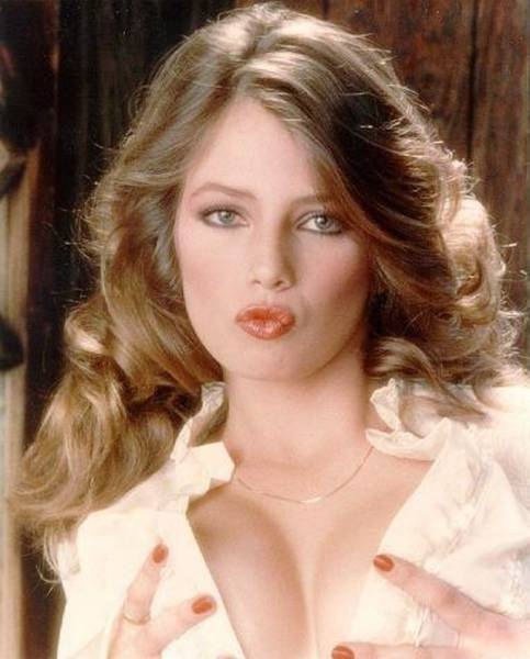 Female Porn Stars from the 80s Compared to Today's Leading Ladies