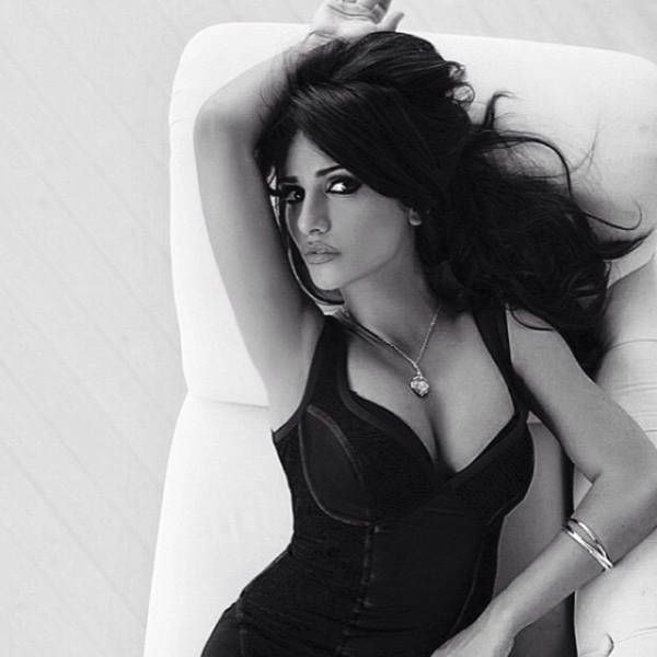 Penelope Cruz's Sister Is Just as Sexy as Her Famous Sibling