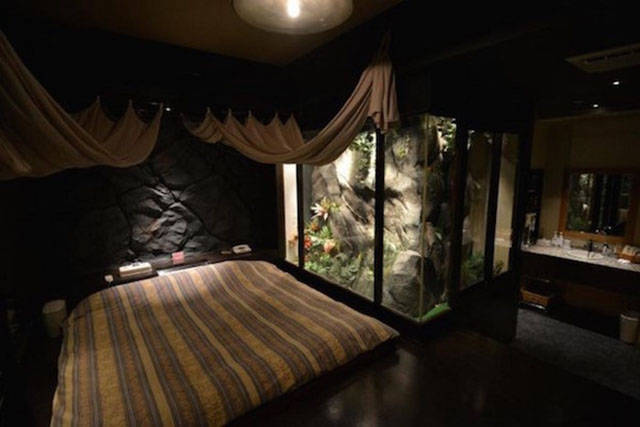 A Look Inside Real Japanese Fetish Rooms That You Can Rent for $100 an Hour