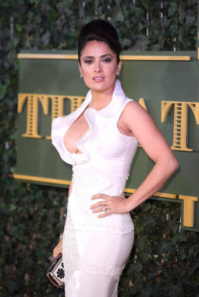 Salma Hayek Stuns with Her Boob Baring Dress at the Evening Conventional Theatre Awards
