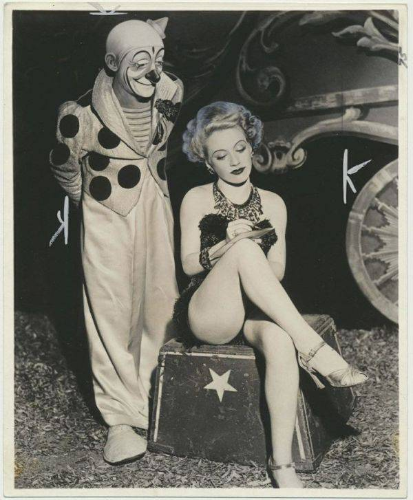 These Old Creepy Circus Photos Are No Laughing Matter