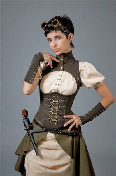 Hot Girls Doing Steampunk Just Right