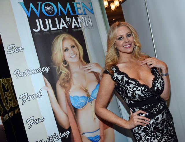 Porn Stars At The AVN Awards