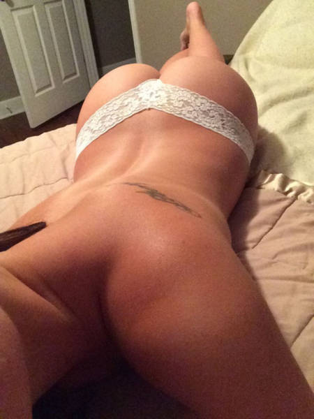 The Best of Butt's Over Backs Pics That We've Seen in Days