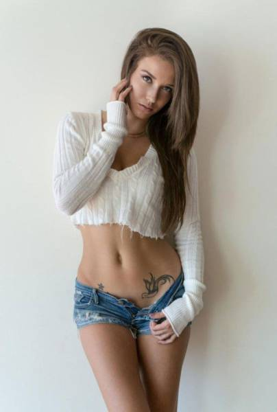 Succulent Girls In Tight Short Shorts Is Something You Gotta See