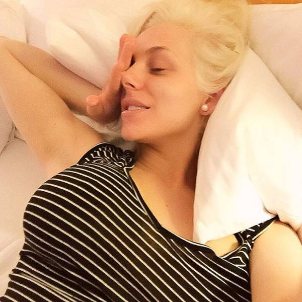 Courtney Stodden With And Without Makeup