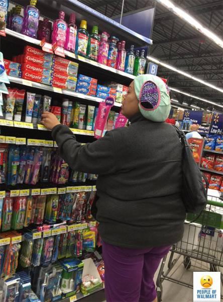 Cringe-Inducing Customers Of Walmart