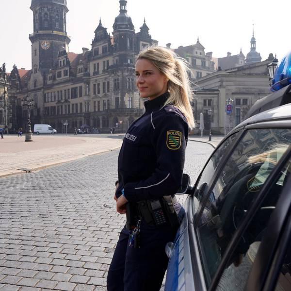 Please Arrest Me!
