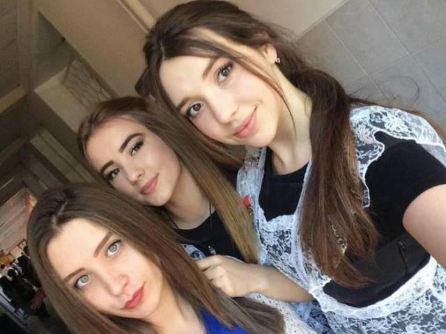 Lovely Russian Schoolgirls On Their Graduation Day