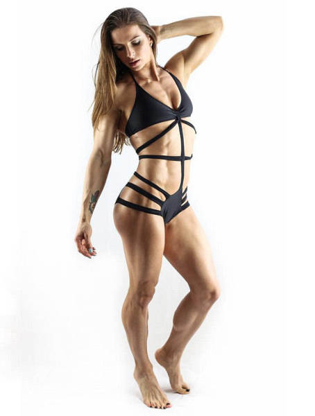 This Woman Won Bikini Fitness Contest Just 11 Months After Giving Birth