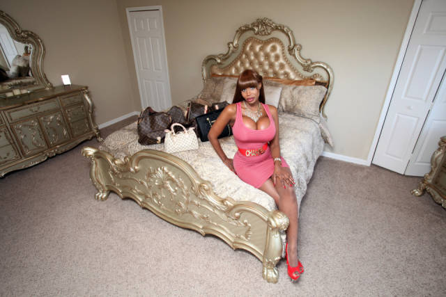 She's Not A Hooker, She Just Earned Her $1M By Being A Companion To Sugar Daddies