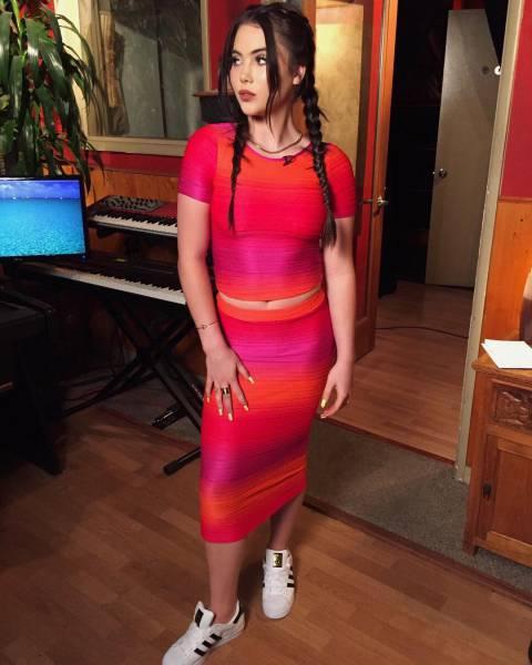 New Looks Of Mckayla Maroney